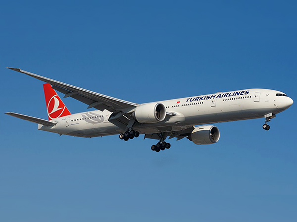Turkish Airlines Boeing 777-300ER. Иллюстрация: BriYYZ