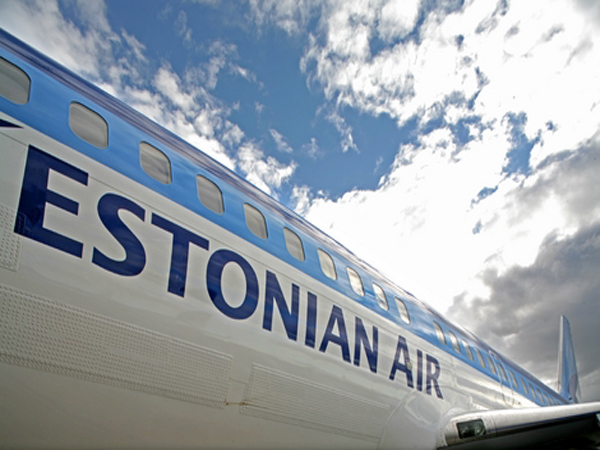 Самолет Estonian Air. Иллюстрация: swiss-traveler.ru